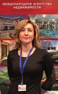 Анна Ковалева, директор компании Red Feniks